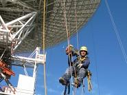 Using ActSafe PME Power Ascender to paint a NASA parabolic antenna in Spain